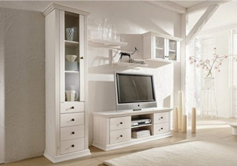 h ngeschrank vitrine aus kiefernholz wei lackiert. Black Bedroom Furniture Sets. Home Design Ideas