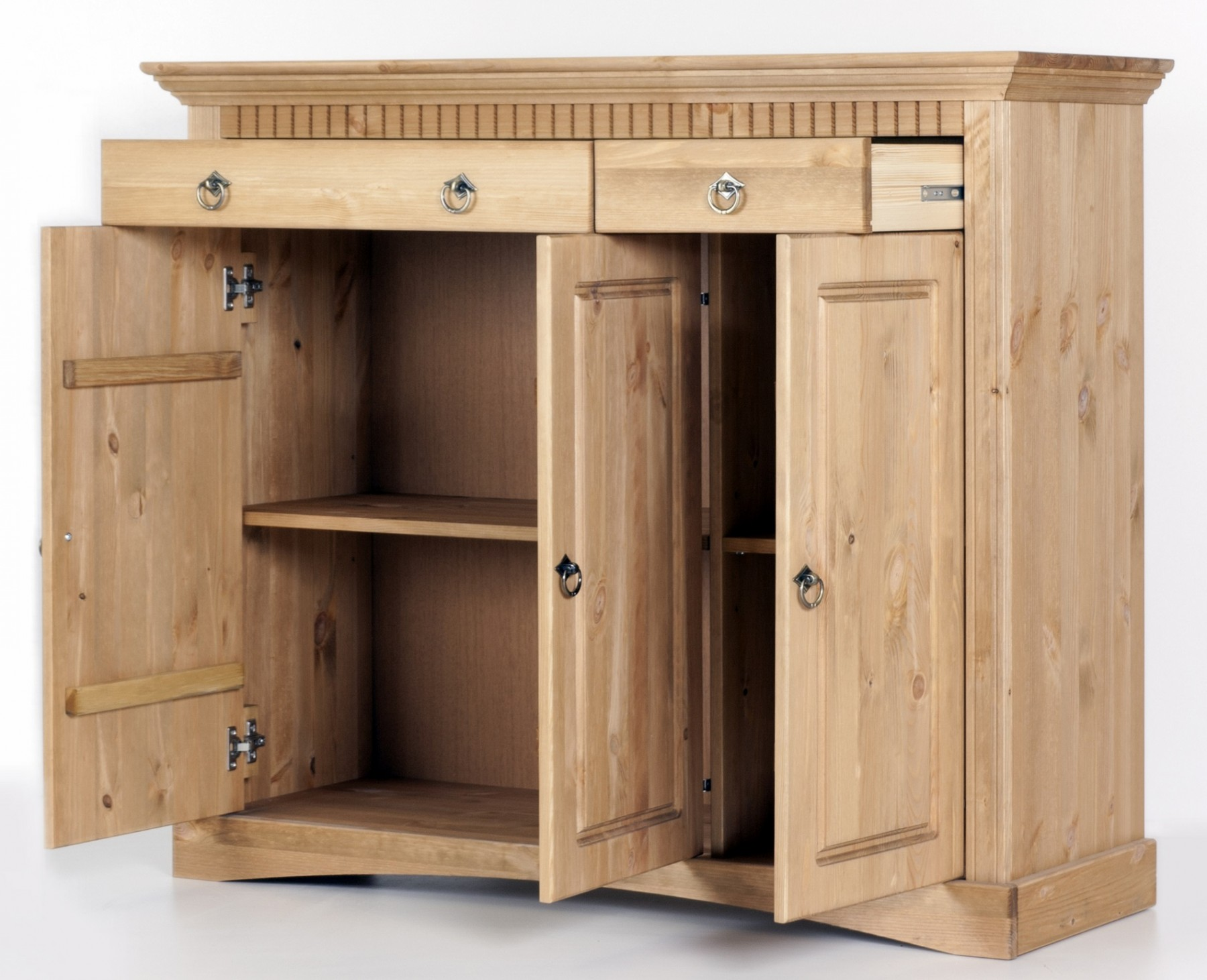 3trg kommode aus kiefernholz gelaugt ge lt schrank sideboard. Black Bedroom Furniture Sets. Home Design Ideas