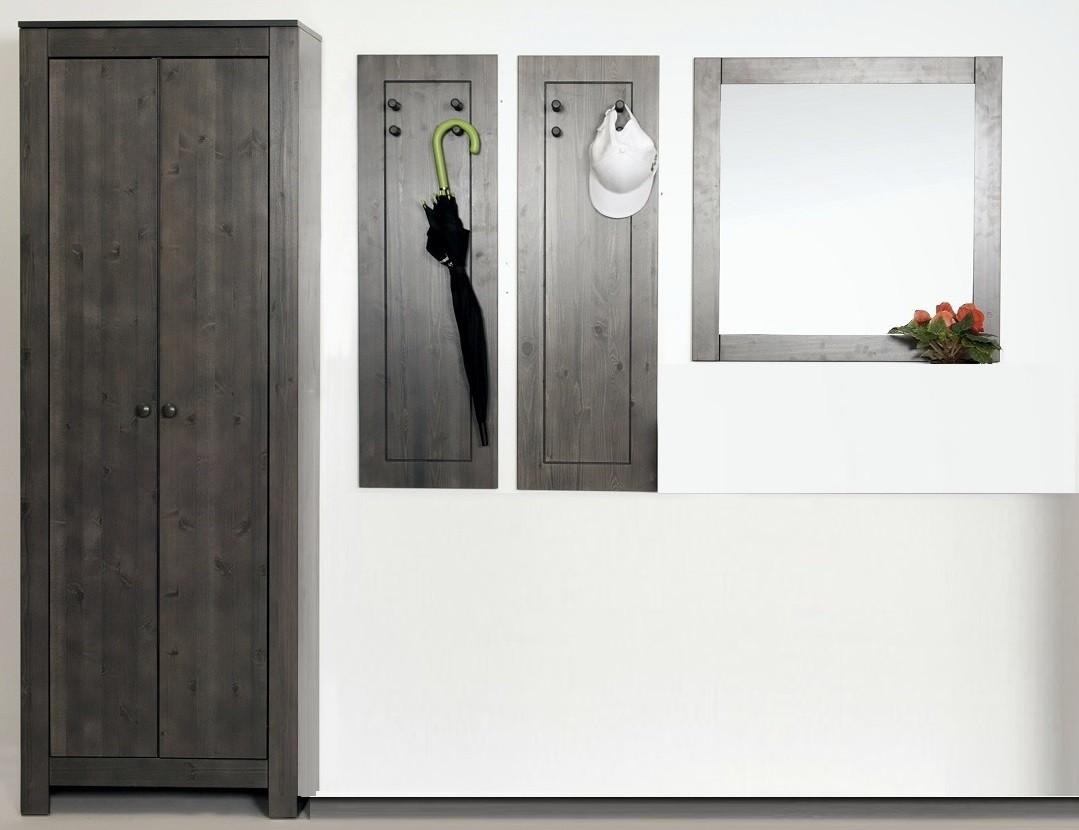 4 tlg garderoben set aus massiver kiefer. Black Bedroom Furniture Sets. Home Design Ideas